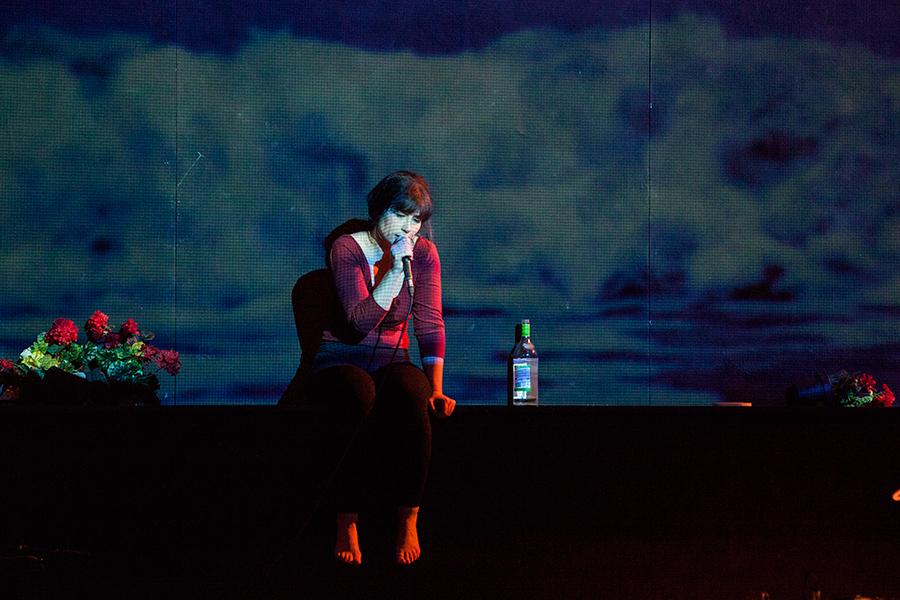 KRASS Festival 2015 Hakan Savaş Mican / Maxim Gorki Theater: Schwimmen lernen - Ein Lovesong von Marianna Salzmann © Thomas Aurin